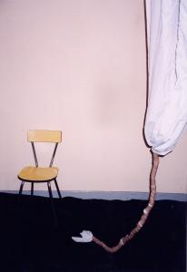 Chaise et sculpture - 1997