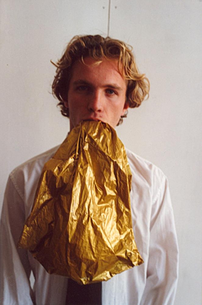 Le Jeune homme - 2004